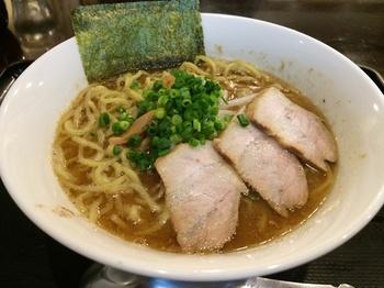 おかべ1_麺.JPG