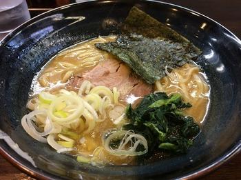 おがわや1_麺.JPG