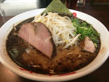 なんつっ亭1_麺.JPG