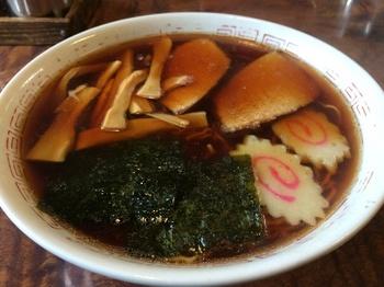 三角屋1_麺.JPG