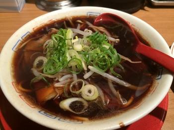 新福菜館2_麺.JPG