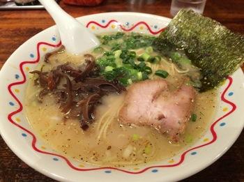 横濱ハイハイ樓01_麺.jpg