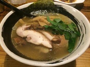 浜虎1_麺.JPG