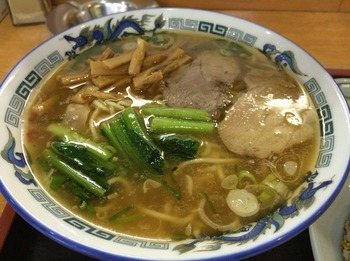 突撃ラーメン1_麺.JPG