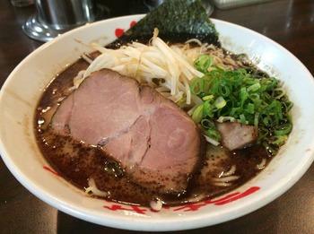 なんつっ亭2_麺.JPG